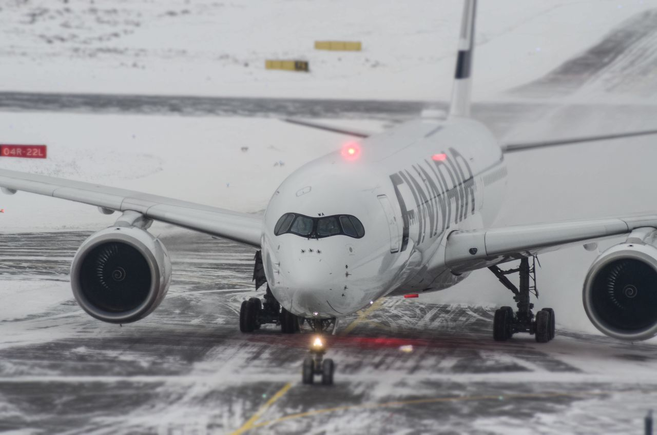 Finnair A350 XWB @ Wintery Helsinki Airport Airplane Transportation Finnair Feelfinnair Fresh Wintery Beacon Light Flash Finland Design New Fleet