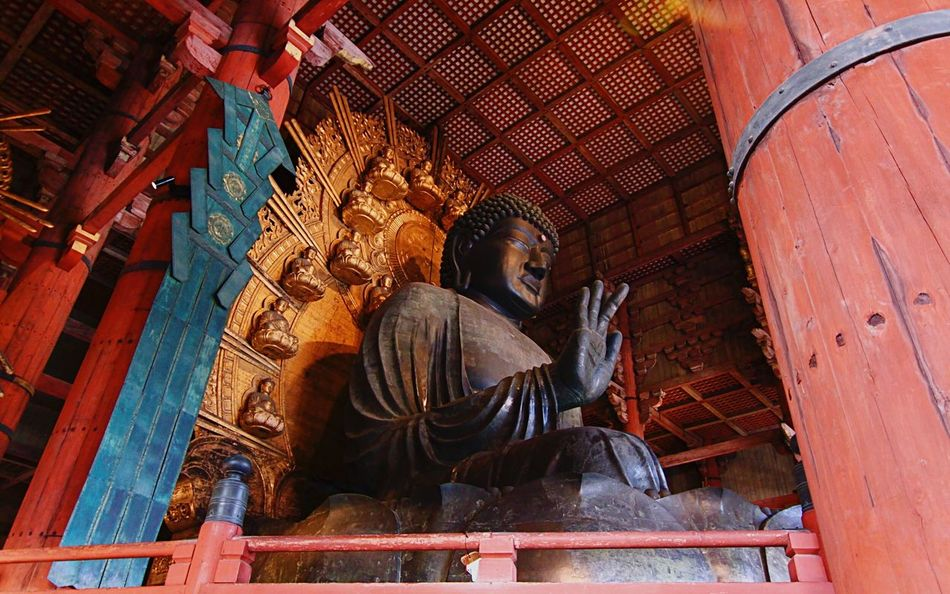 Tōdai-Ji Buddha Statue Religion Place Of Worship Low Angle View Spirituality Buddha Todai-Ji Sculpture Indoors  Architecture Idol EyeEmNewHere