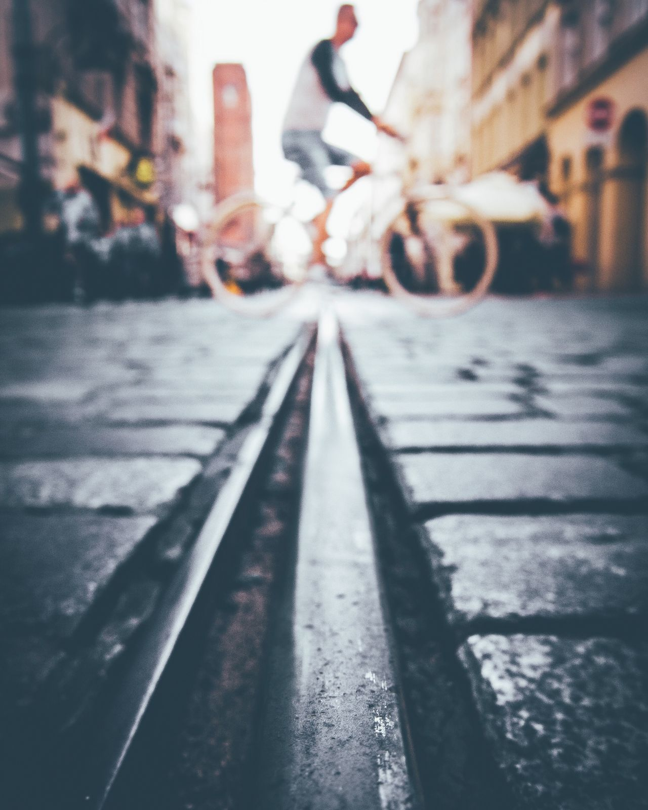 CyclingUnites Transportation Street Built Structure Long Surface Level Architecture The Way Forward Building Exterior Walkway Focus On Foreground City Life Outdoors