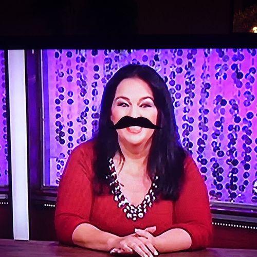 Pro-Tipp: einfach mal Astro-tv an, nen Schnurrbart an den Fernseher kleben und jedes Mal trinken wenns passt ? Astrotv Protipp Mustache BART Trinkspiel schnorres spassamfreitag