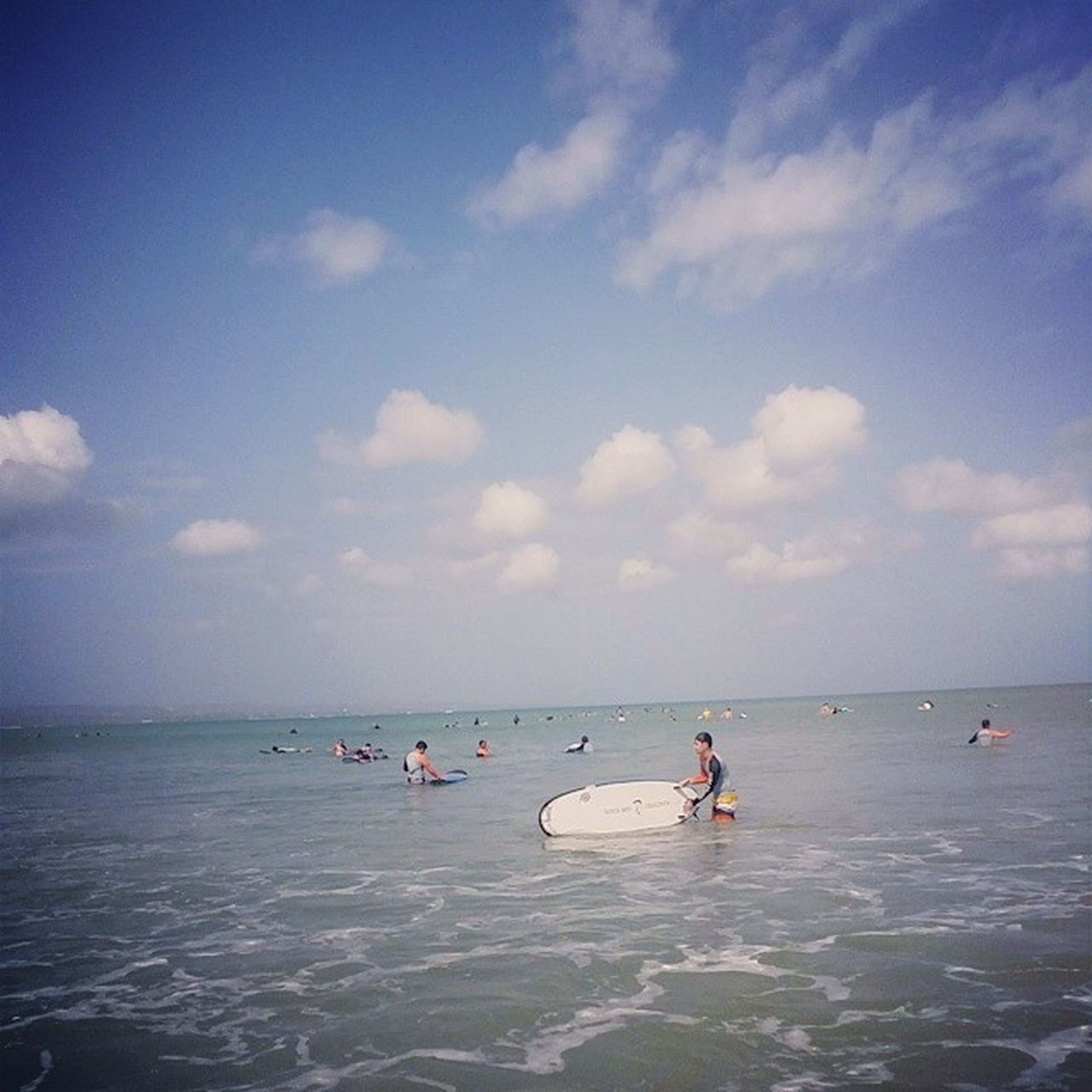 나 ....오늘물에빠짐바루서퍼 발리 서핑 힘들다아침일찍부터파도타기ㅋㅋㅋㅋㄱㅋㅋㅋㅋㄱ나ㅎㅎㅎㅎㅎㅎㅇㅎㅎㅎㅎㅎㅇ무슨선수훈련온삘..;;물너무짜....실시간바다꾸따비치맞팔힘들어ㅋㅋㅋㅋㄱㅋㅋㅋㅋㅋㅋㅋㅋㄱㅋㅋㅋㅋ너무힘들어서웃음만나와ㅋㅋㅋㅋㅋㅋㄱㅋㅋㅋㅋㅋ