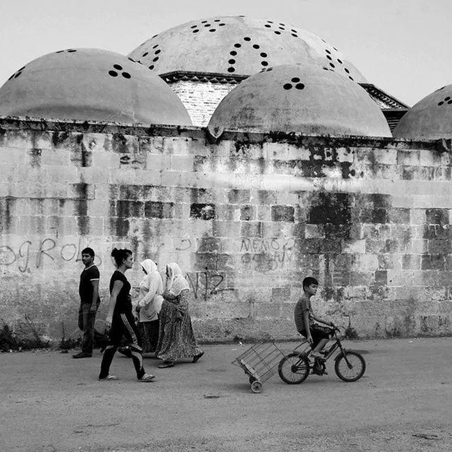 Adana Street_photo_club Blackadnwhite Phototag_nature siyah beyaz white photography