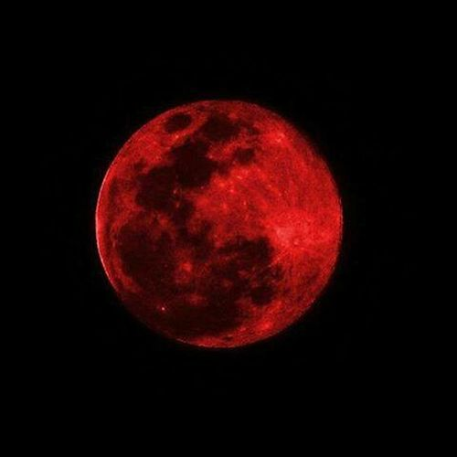 Luna Moon Red Photography Photo Plenilunio Follmoon Eclissi Eclipse Eclipsedeluna #burzaco/27-9-2015