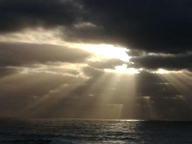 Sunbeam Water Weather Cloud - Sky Sea Dramatic Sky Storm Cloud