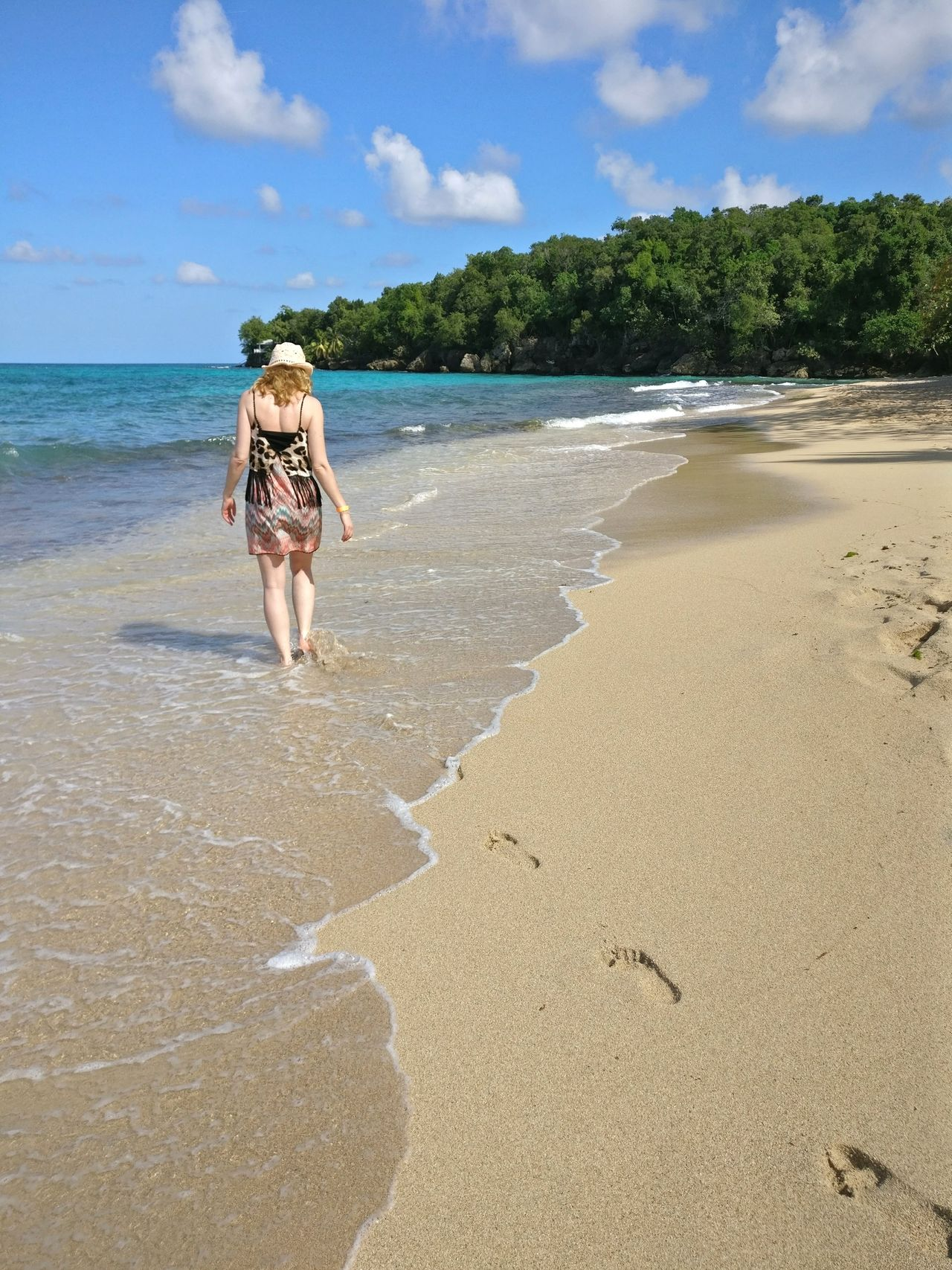 Sand Beach Sea Walking One Person Full Length Vacations Adult People One Woman Only Wat Er Day Adults Only Women Tropical Climate Outdoors Only Women Nature Sky Vacation Beauty In Nature Scenics Footprints In The Sand Footprints Girl