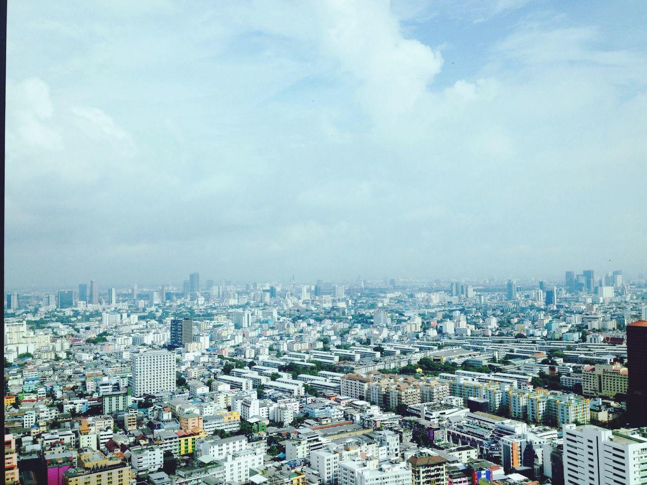 Raining day ~^^ Raining Bangkok Bangkokview (null)TheDay Sky And Clouds