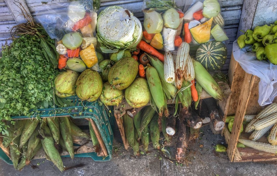 Vegetable Food And Drink Freshness Healthy Eating Food High Angle View For Sale Retail  Pumpkin Small Business Variation Choice Outdoors Market Market Stall No People Day Large Group Of Objects Gourd