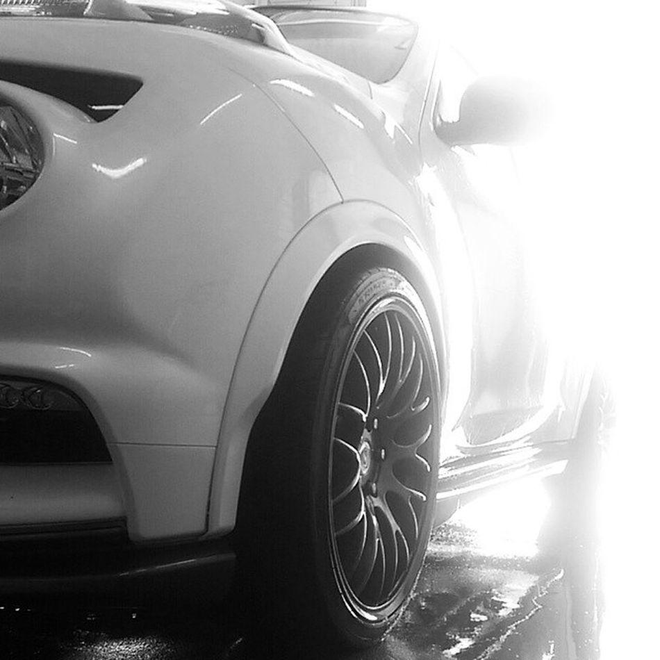 Clean Nism🔴 Jukenismo Nissanjuke Juke Nismo  Nissan Nissanmotorsport Slammed Jdm Stance Stancenation Lowerstandards Lowerlifestyle Low Coilover Bilstein Clean Blackandwhite Art