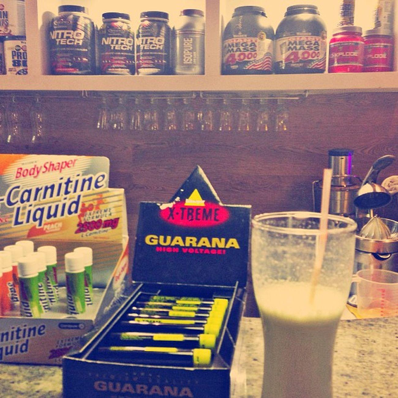 После хорошей тренировочки нужно и выпить))👍💪🍌 Protein Sports Nutrition Set of Muscle Mass Gainer Fitness Carnitine