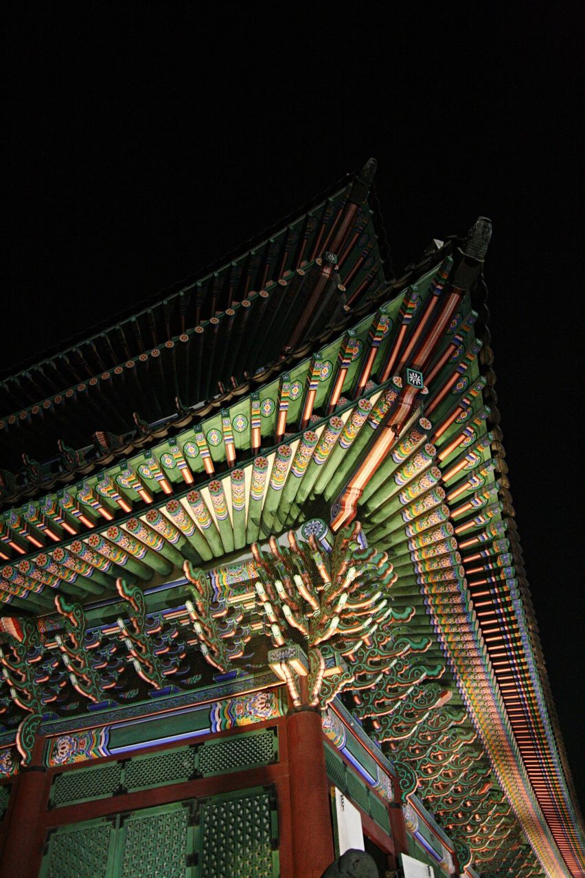 low angle view, no people, illuminated, architecture, night, built structure, roof, outdoors