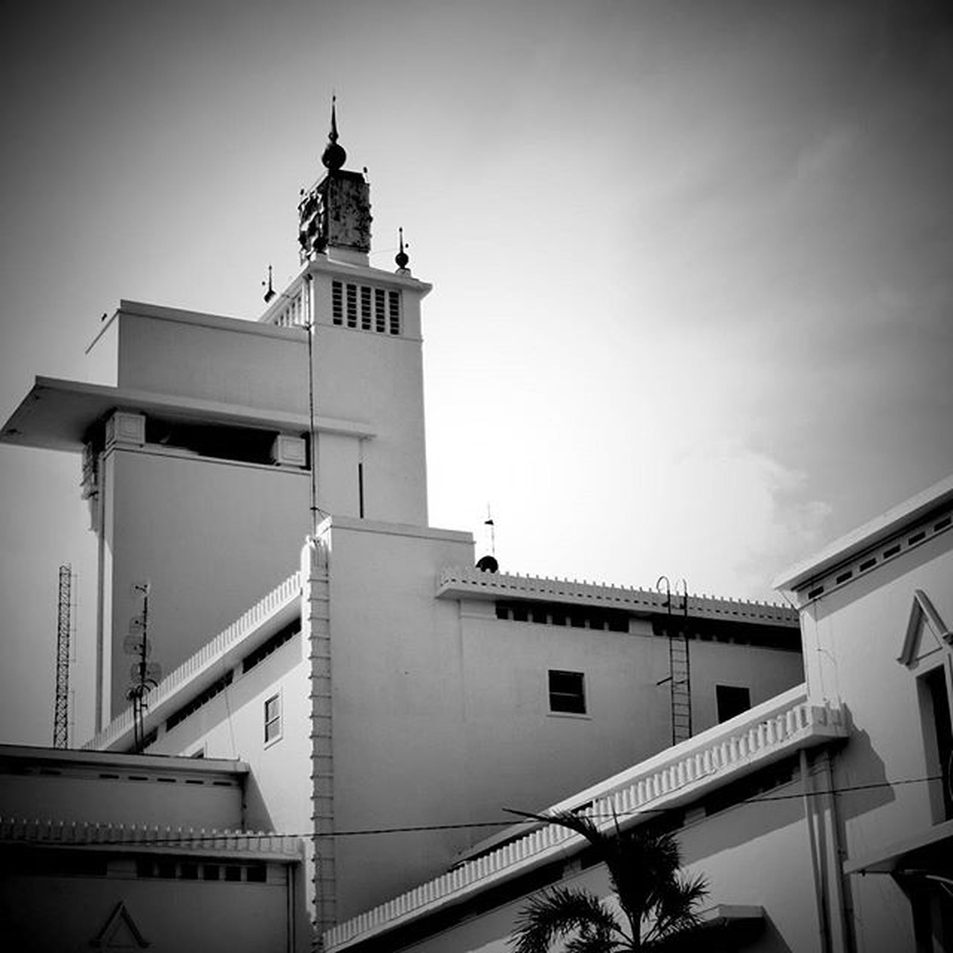 Based on the urban legend; that clock tower on top is heavily haunted. POTD Sunday Coloniallegacy Governorsoffice eastjava oldbuilding bw_indonesia nofilter blackandwhite blackandwhitephotography iamindonesia world_bnw bw_awards bnw_lombardia insta_bw bnw_planet ae_bnw nikonnofilter bnw_society bwstyles_gf bnw_diamond bnw_life ig_bw nikon rsa_bnw nikonindonesia bw_batavia blacknwhite_perfection princely_bw love_bnw