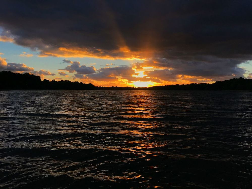 Sunset Cloud - Sky Beauty In Nature Scenics Nature Tranquility Sky Tranquil Scene Dramatic Sky No People Sea Water Idyllic