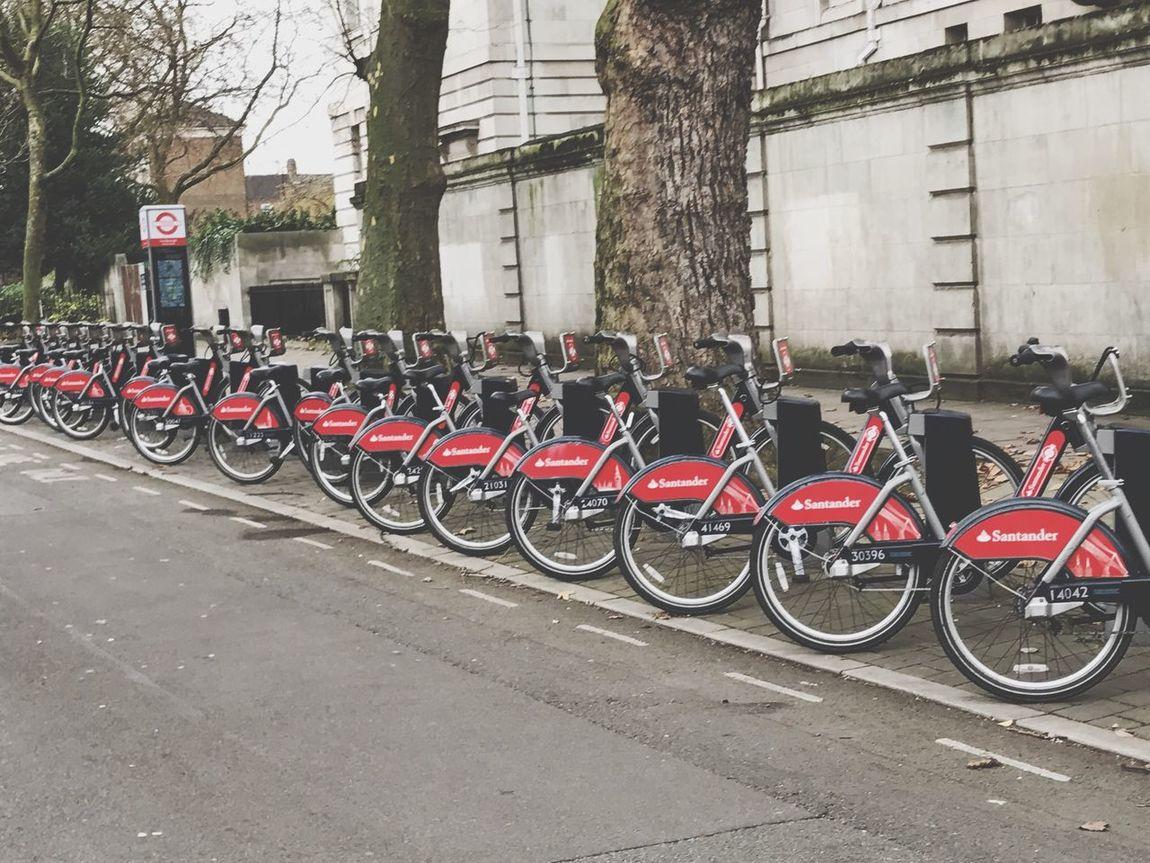London Bikes Boris Bikes Santander Bikes Barclays Bikes Bike Park Red Bikes In A Row Bicycle Street Land Vehicle Art By Laziz London Photography Ducharxa Londoni Лондонские Велосипеды Искусство от Лазиза San'ati Laziz
