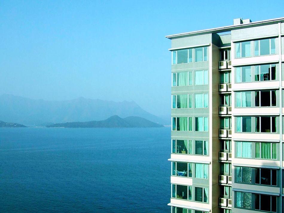 Beautiful stock photos of hotel, Apartment, Block Shape, Building Exterior, Clear Sky