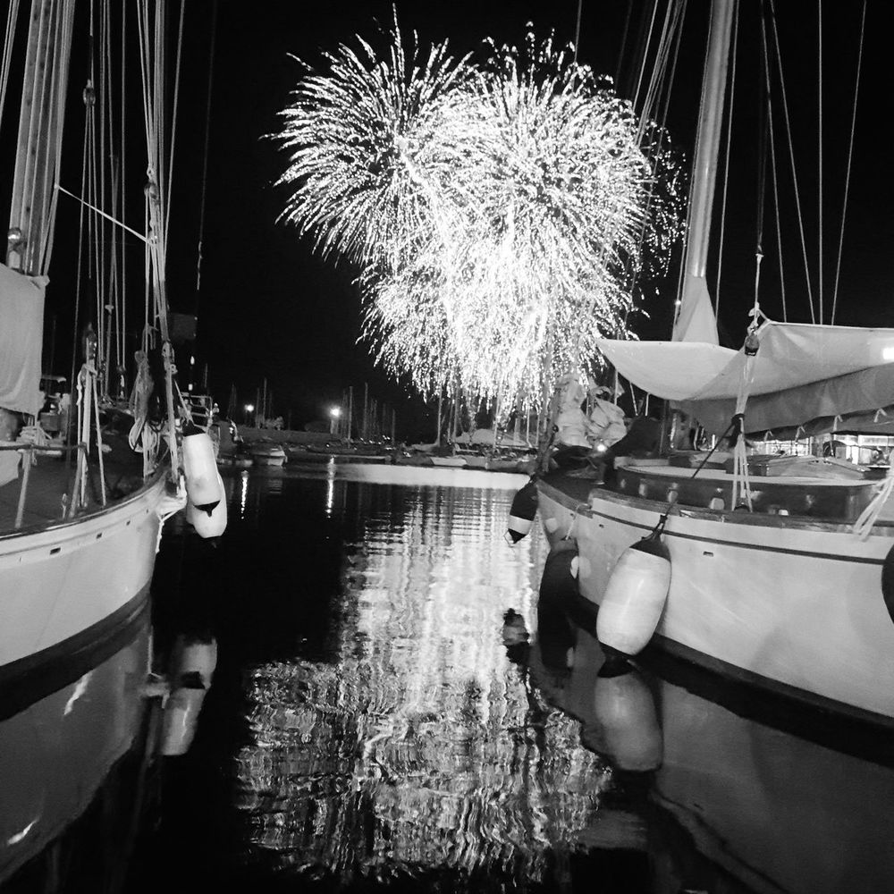 Night Illuminated No People Water Outdoors Sky Fireworks Firework Display Bastille Day Fête Nationale France Boats Port Harbour Black And White Monochrome Bateaux Au Port Bateaux Dramatic Sky Festivités Festivities At Sunset La Ciotat Cote D'azure Your Ticket To Europe