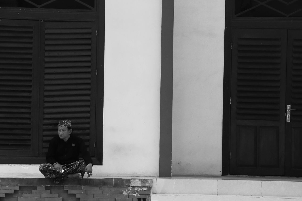 Entahlah Keraton Abdidalem Cirebon  INDONESIA B&w Street Photography Streetphotography TheWeekOnEyeEM