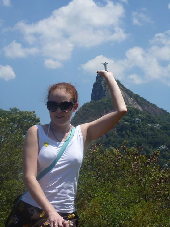 🎶I have the whole Corcovado in my hands. 🎶 Brazil ❤ Rio De Janeiro Corcovado Christ The Redeemer Statues In The Park