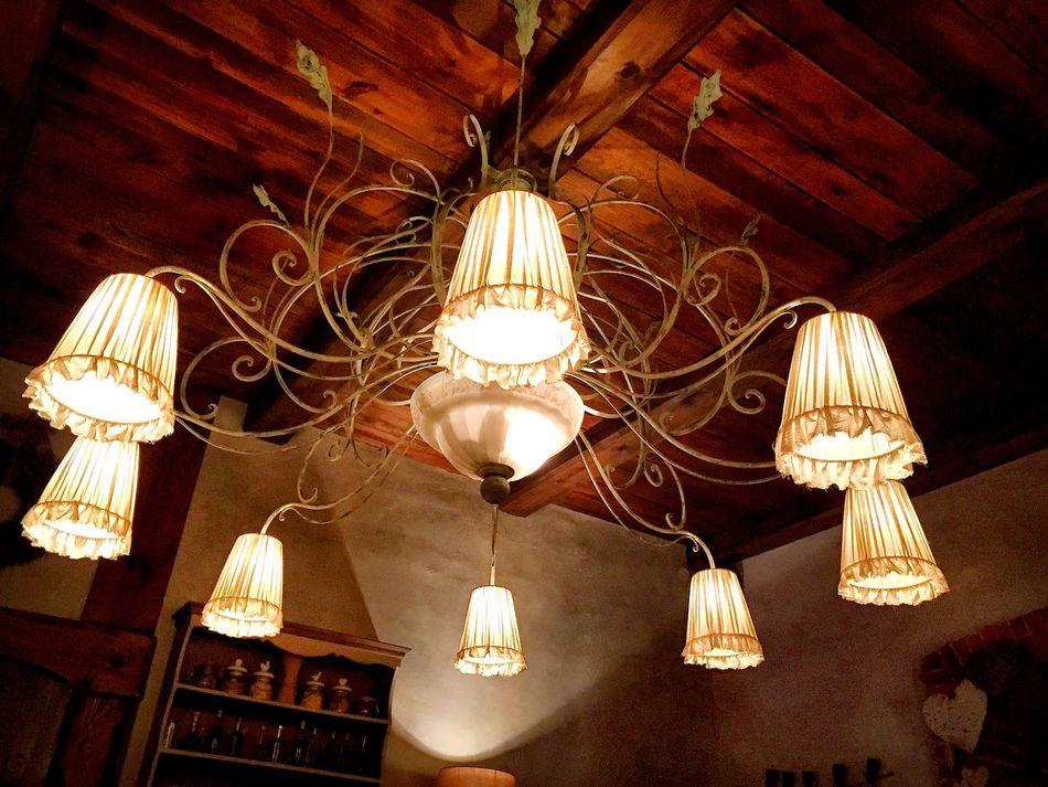 Vintage chandelier. Chandelier Vintage Rustic Wood Lights Lights And Shadows Chandeliers Chandelier Light EyeEm Best Shots Eyem Best Edits Wooden Light Interior Views