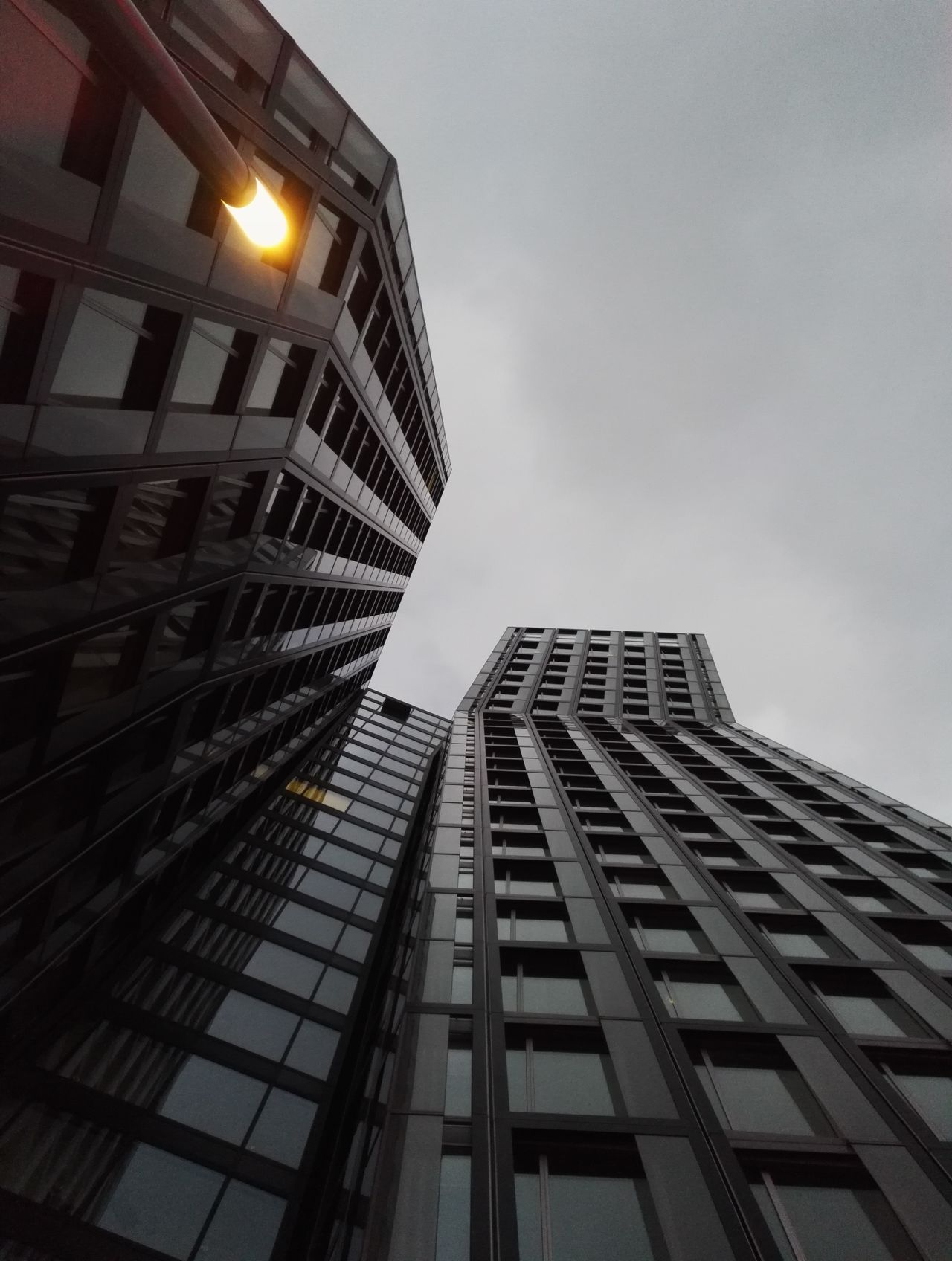 Architecture City Building Exterior Built Structure Low Angle View Skyscraper Sky No People Travel Destinations Outdoors Illuminated Day Hamburg Reeperbahn  Hochhaus NewToEyeEmSmartphone Details No Edit/no Filter Civilization Details And Colors Urban Photography Skyscrapers Germany Metropolitan