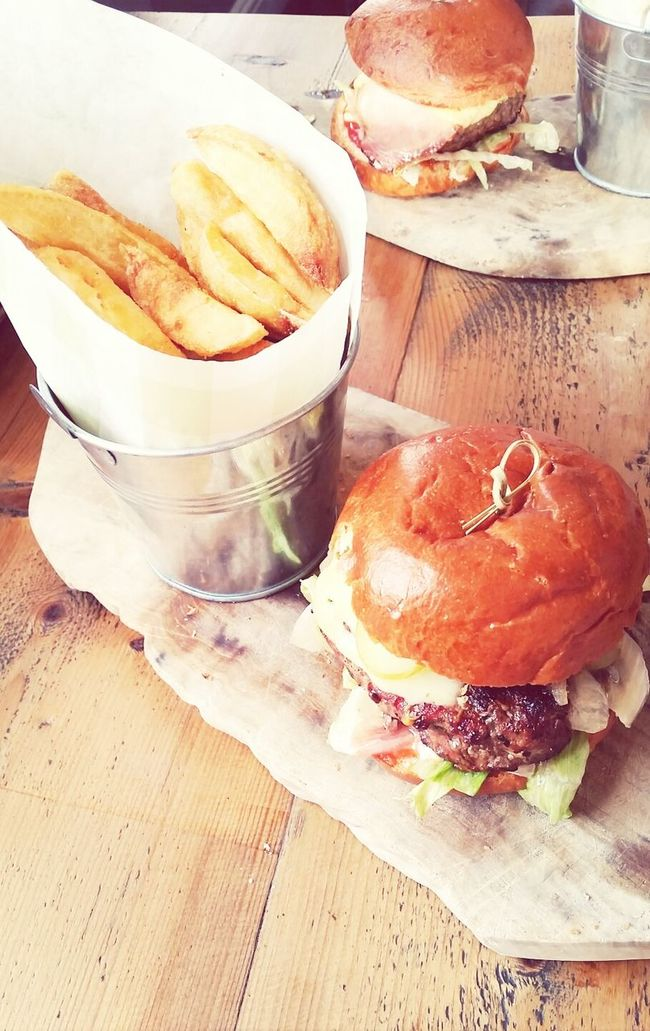 Nothing like a country pub burger Pub Grub Food Photography Thisiswhyimfat