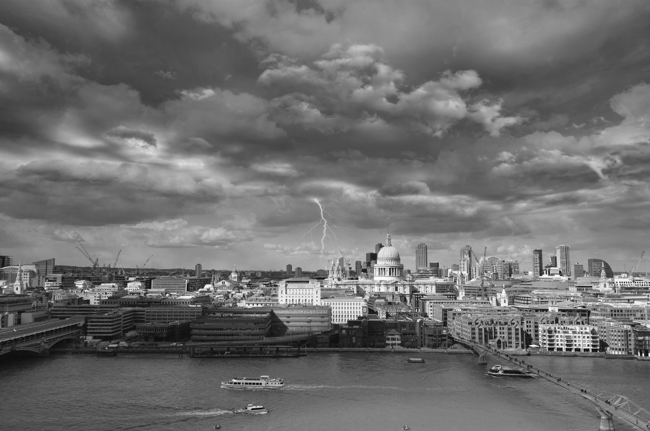 Ends ⁞ Cityscape Travel Destinations Eyeem Collection From My Point Of View Cityscape Eye4photography  Eyem Gallery The Architect - 2017 EyeEm Awards The Street Photographer - 2017 EyeEm Awards London Black&white Blackandwhite Photography EyeEm Best Shots - Black + White Urbanphotography EyeEmBestPics EyeEm Best Shots Streetphoto_bw Cloudporn Sky And Clouds Lightning Streetphotography Architecture Street Photography The Great Outdoors - 2017 EyeEm Awards Break The Mold