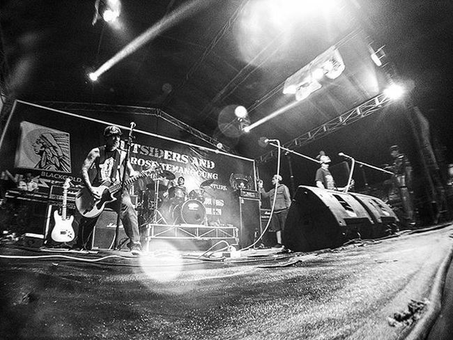 Last night Event BLACKGOLD INVASION .. thanks to Outsider and Lady Rose .. Resnapshoot Instapic Instadaily Instamoment Instaphoto Sid Outsider Ladyrose Event Work Latepost Moment Bw Wide Widelens Phophotography Xiaomi Night Like4like Likeforlike Follow4follow Followme Music Temanggung Java indonesia