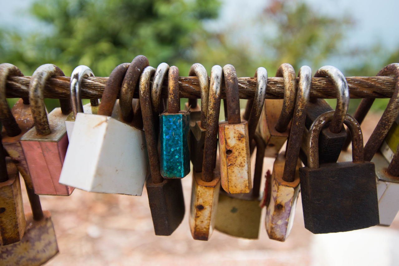 Close-up Day Focus On Foreground Golf Club Hanging Large Group Of Objects Lock Love Lock Metal No People Outdoors Padlock Protection Rusty Safety Security