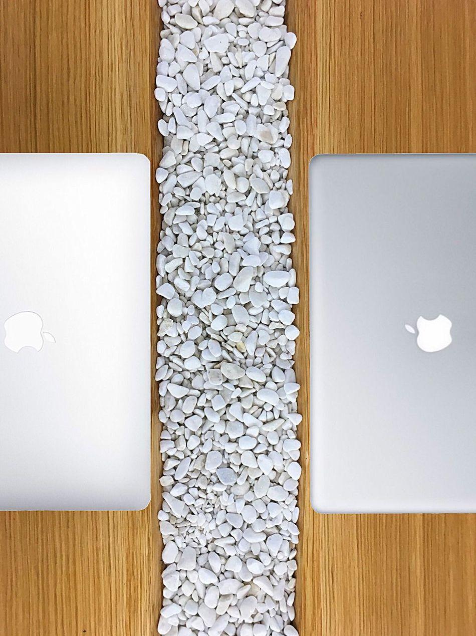 Minimalist Minimalism Design Mac Tech Technology Wood Woodtable Computer Apple Machintosh OS X Techno Development Work Relax Workspace Relaxing New New Technology Future Share Working Creativity Create