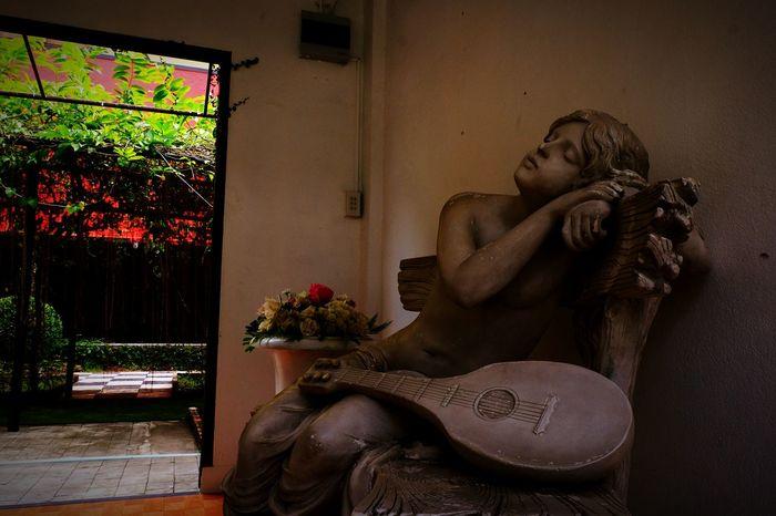 Indoors  Sculpture Human Representation Travel Destinations Representing Travel