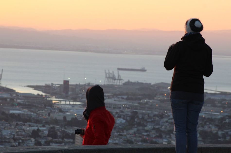 Observing The Sunrise Eyem Gallery Eyemphotography Sanfrancisco Sunrise Feel The Sun Twin Peaks Sunrise_sunsets_aroundworld Sunrise_Collection City By The Bay