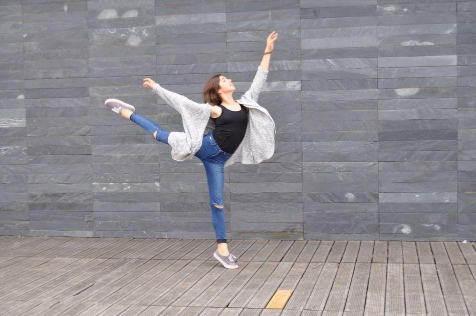 Beautiful stock photos of ballet, Ballet, Ballet Dancer, Casual Clothing, Caucasian Ethnicity