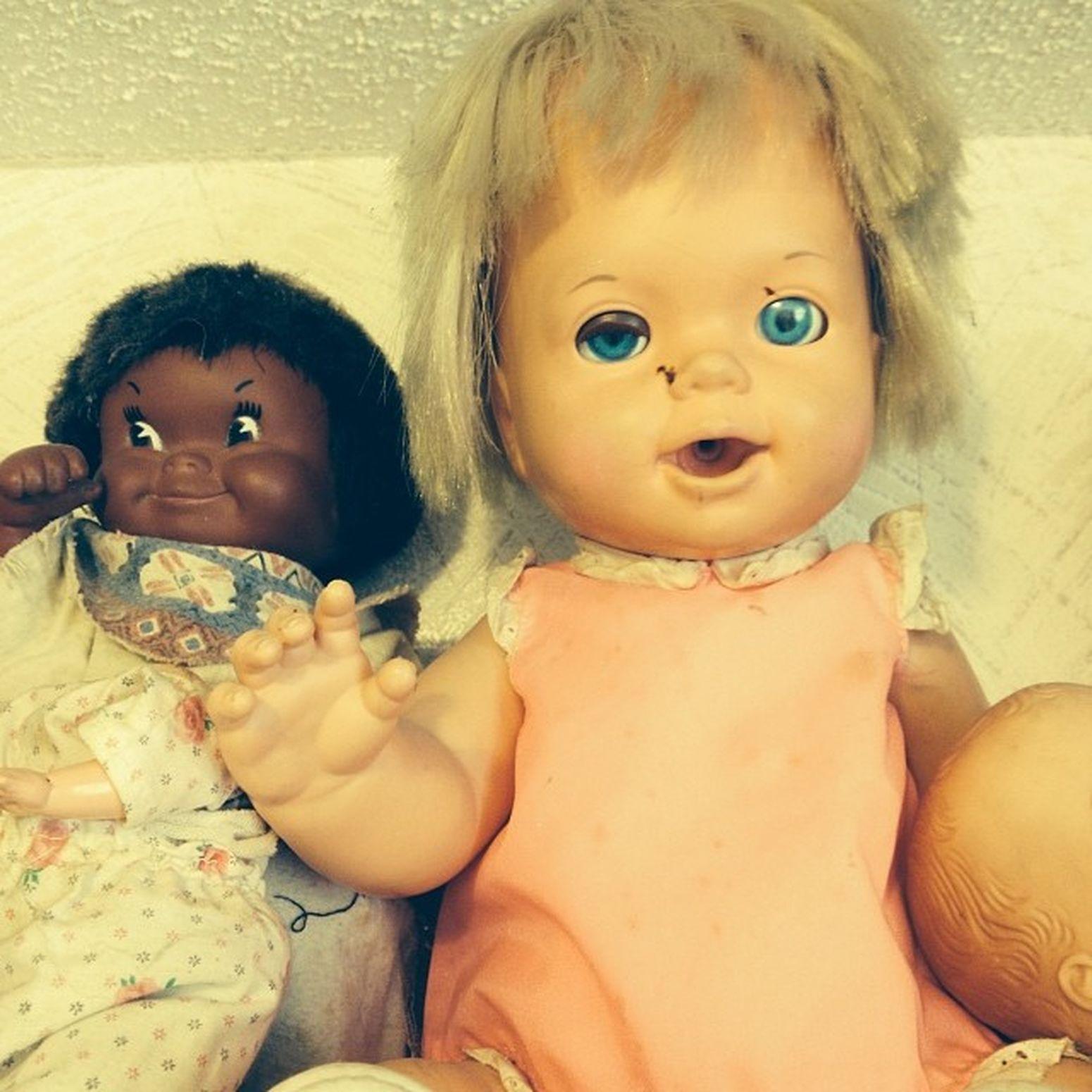 Had these guys watching me work all day. O_o Creepydolls Creepy Annabelledoll Haunted mommy