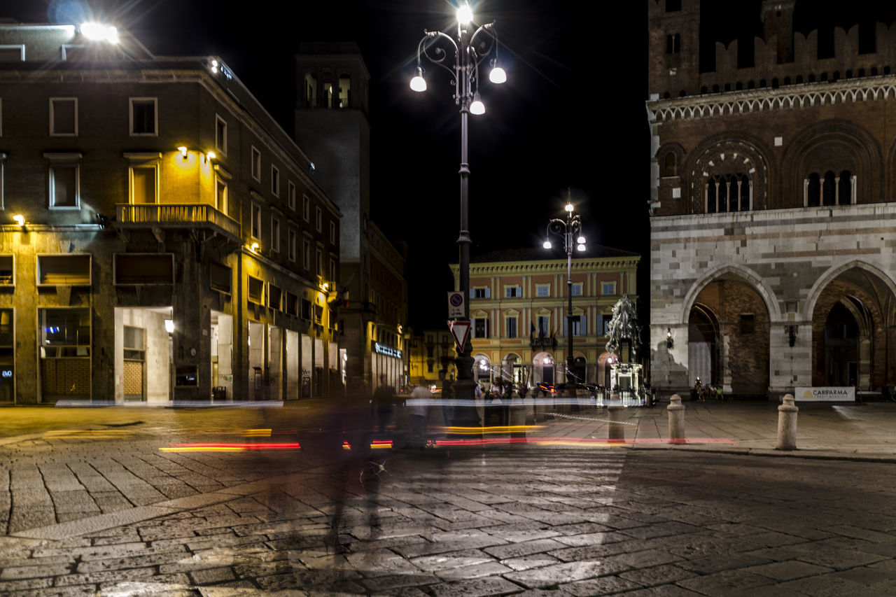 Architecture Building Exterior City Life City Street Ghost Italian City Night Nightphotography Old City Building Piacenza, Italy Piazza Cavalli Street