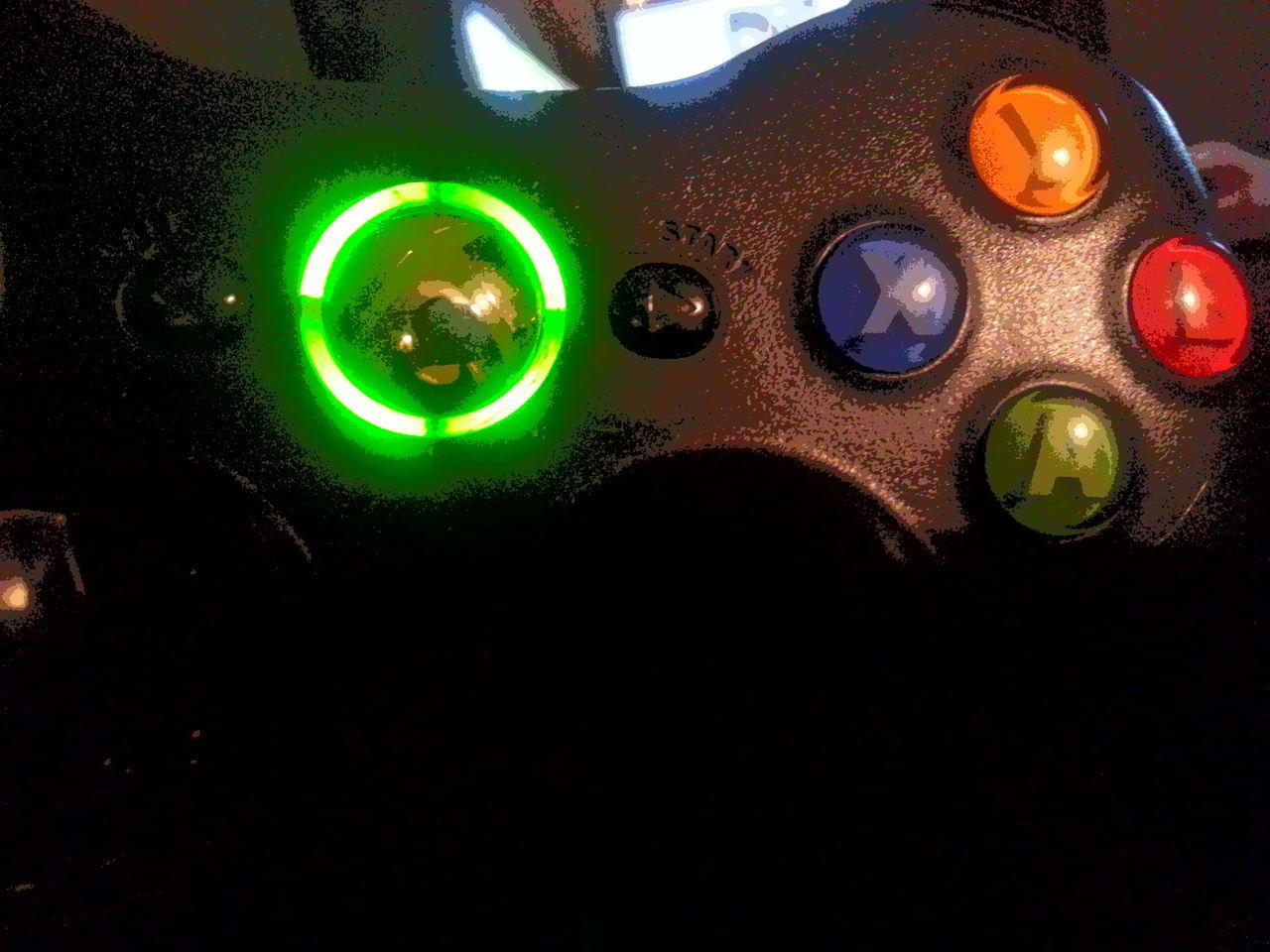 Green Color Close-up No People Xbox Fan Xbox Remote Black Remote Black Colour COD Fan WOT Fan Halo Fan GOW Fan Neon Life
