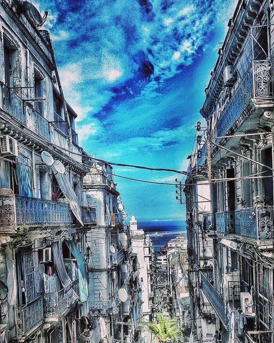 Algercentre Algerain Alger Algerai Dz Bleusky Bleu Urban Architecture Cadix Sostara Artch Architecturephotography Photography Art Artist Picture Me Likemypic Picturearchitecture Photo Foto Photodujour