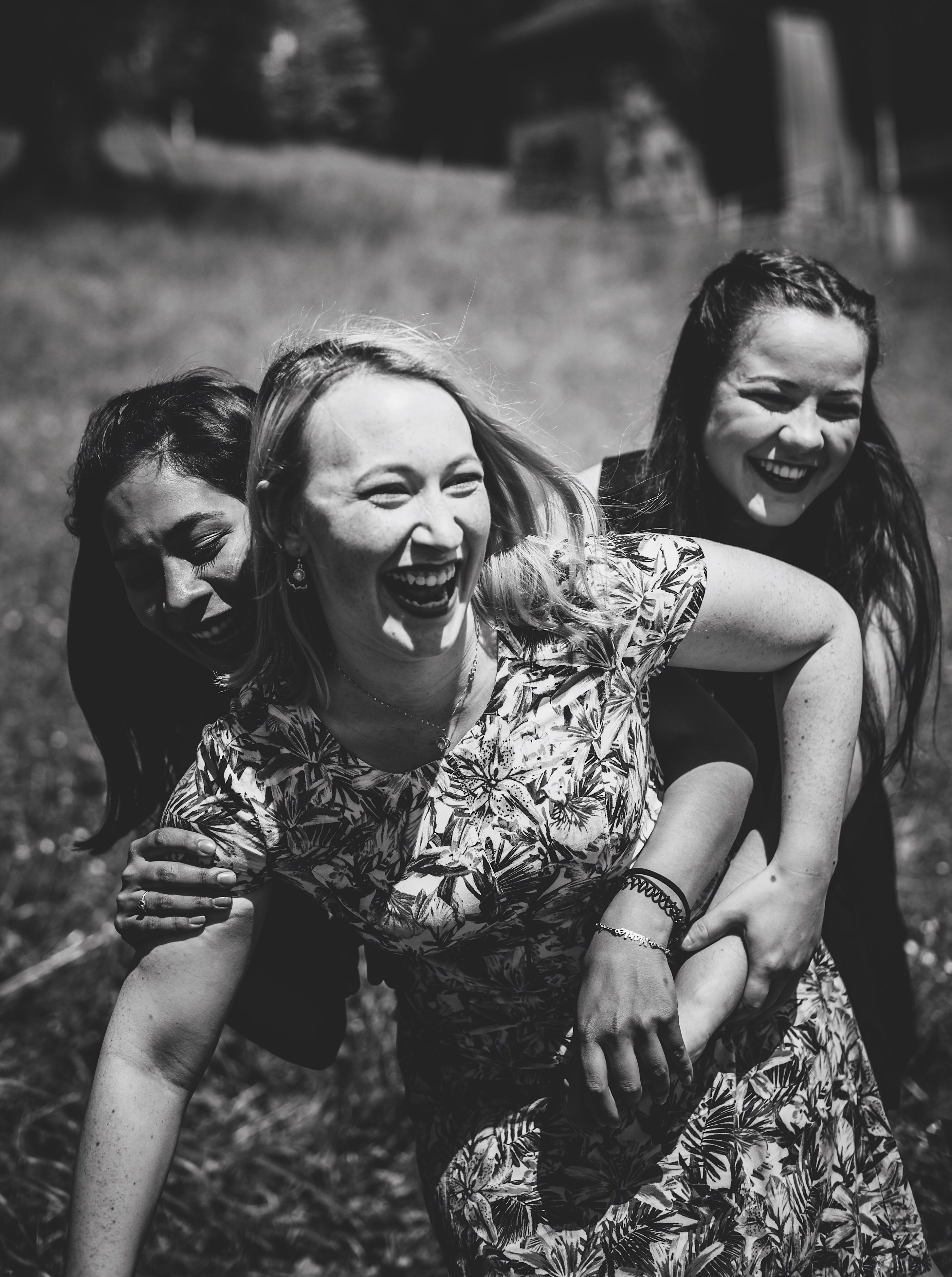 real people, young women, happiness, lifestyles, outdoors, smiling, leisure activity, laughing, young adult, togetherness, fun, casual clothing, beautiful woman, friendship, cheerful, two people, day, nature, people