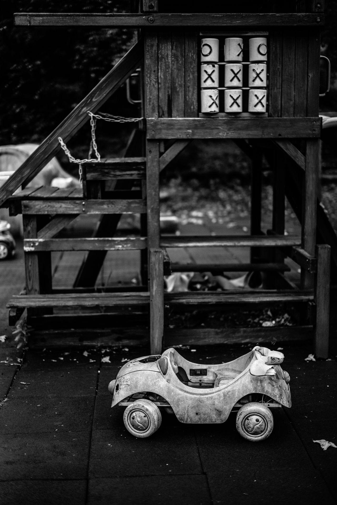 Parking Black Black & White Black And White Black&white Blackandwhite Blackandwhite Photography Blackandwhitephotography EyeEm EyeEm Best Edits EyeEm Best Shots EyeEm Best Shots - Black + White EyeEm Gallery Ooxx Parking Street Street Photography Streetphoto Streetphoto_bw Streetphotography