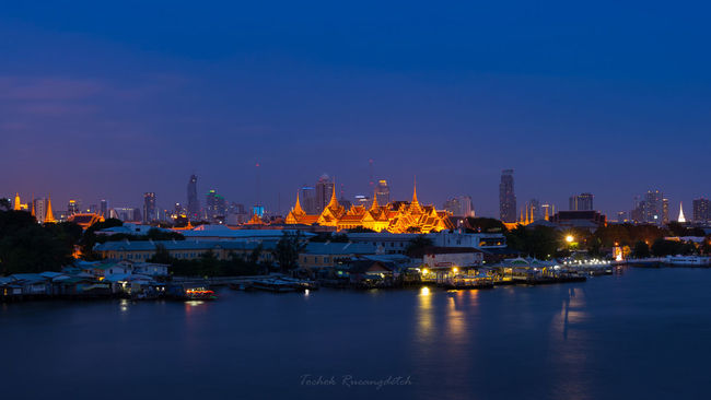 The Chakri Maha Prasat Throne Hall Cityscapes City Thailand