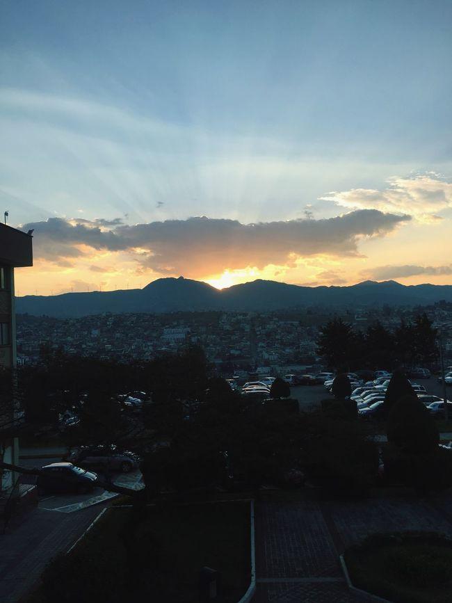 Simple like that Mountain Sky City Life