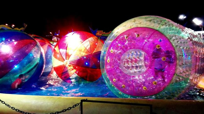 Festas Populares Cores/ Colors Balls Of Lights Kids Being Kids Summertime Taking Photos Colour Of Life Whats This?