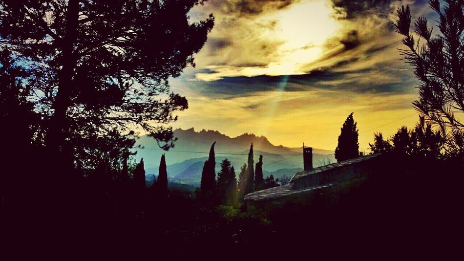 Sunrise_sunsets_aroundworld Taking Photos Magnifique #Photo ! Relaxing