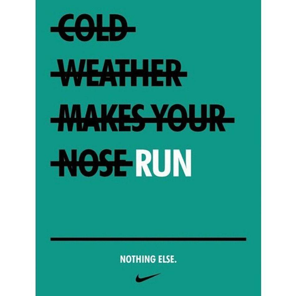 Run Running ImaRunner Winterrunning Nightrunning RunTheCity RunTheNight Outdoors Runningwomen Nike Nikewomen Nikerunning Runner Runners