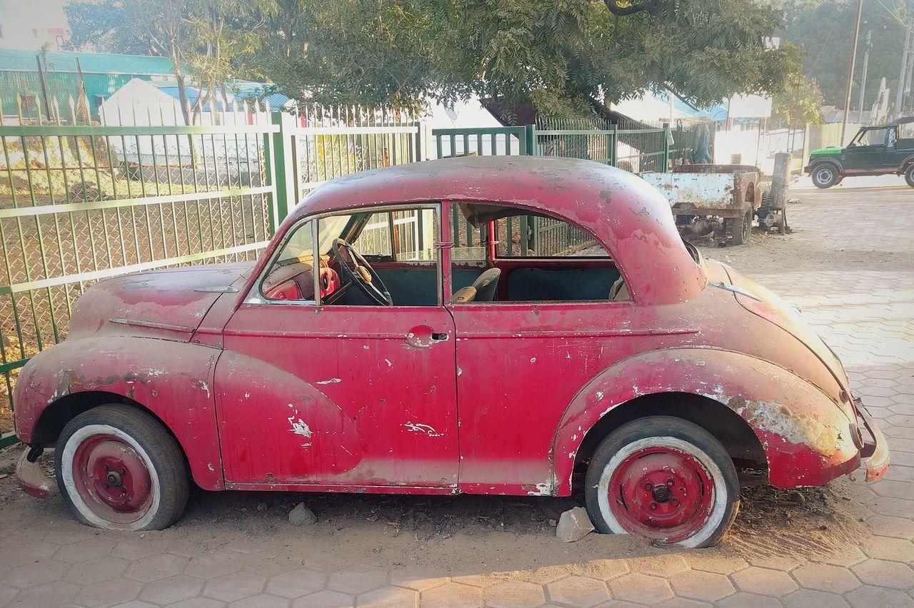Old Cars ❤ Old Car Junkie Vintage Car Small Car Mode Of Transport Transportation