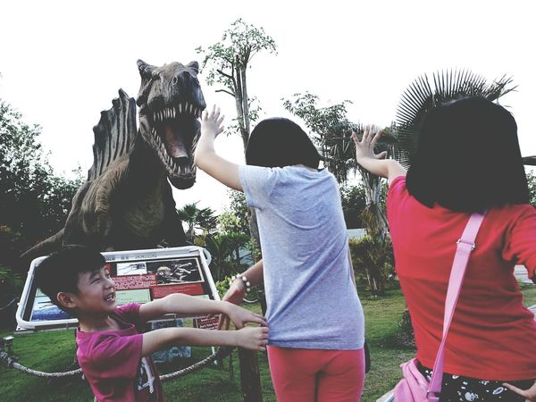 Fresh On Eyeem  The Great Outdoors - 2016 EyeEm Awards Theme Parks Dinosaurs In Awe Original Experiences