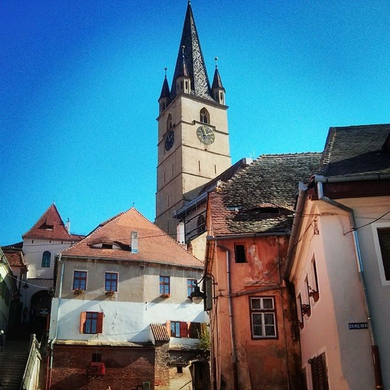 Places like Sibiu in Romania are the reason why I go where I go. There's so much out there. 2013 was just great for traveling. In 2014 I will be heading to Kuala Lumpur and the beautiful Malaysia. Can't wait. Picture taken in Sibiu - Romania. October 2013. Romania Sibiu Brasov Cluj Transylvania Dracula Travel Pictureoftheday Picoftheday Backpacking Eurotrip Easterneurope Medievalcity Medieval Beautiful Bucharest Halloween Oldcity Fall 2013 Traveler EASTERNEUROPETRIP2013