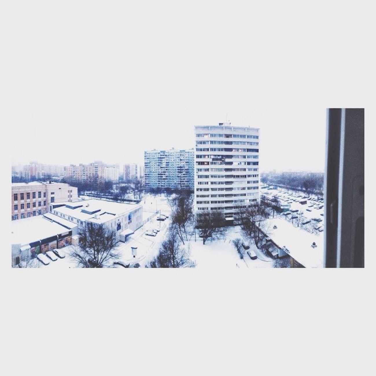 Winter Window Streetphoto_bw SZAO