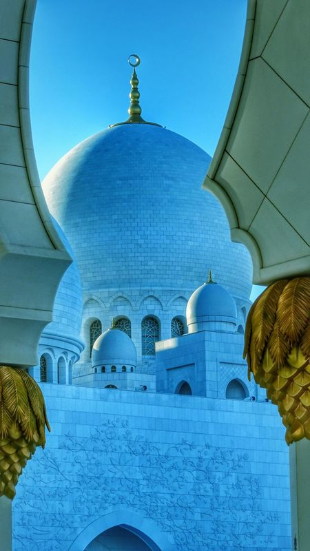 Abudhabi Mosque Zayed Grand Mosque Travel Photography EyeEm Best Shots Beautiful Photography Architecture 阿布扎比 扎耶德清真寺 建筑 旅行 旅行摄影 壮观 色彩世界 The Architect - 2016 EyeEm Awards