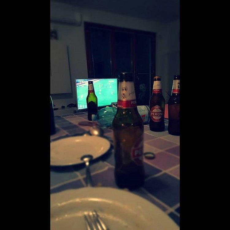 Football, beer, wine, spaghetti, music and friends: relaxing night! top 👍🔝🆒 Puglia Pugliagram Peroni Peronismo Peronistyle Pugliastyle Peroniperterra Birra_peroni Beerstagram Italy Italia Verso_sud_foods Verso_sud_people Dinerwithfriends Spendingtimewithfriends