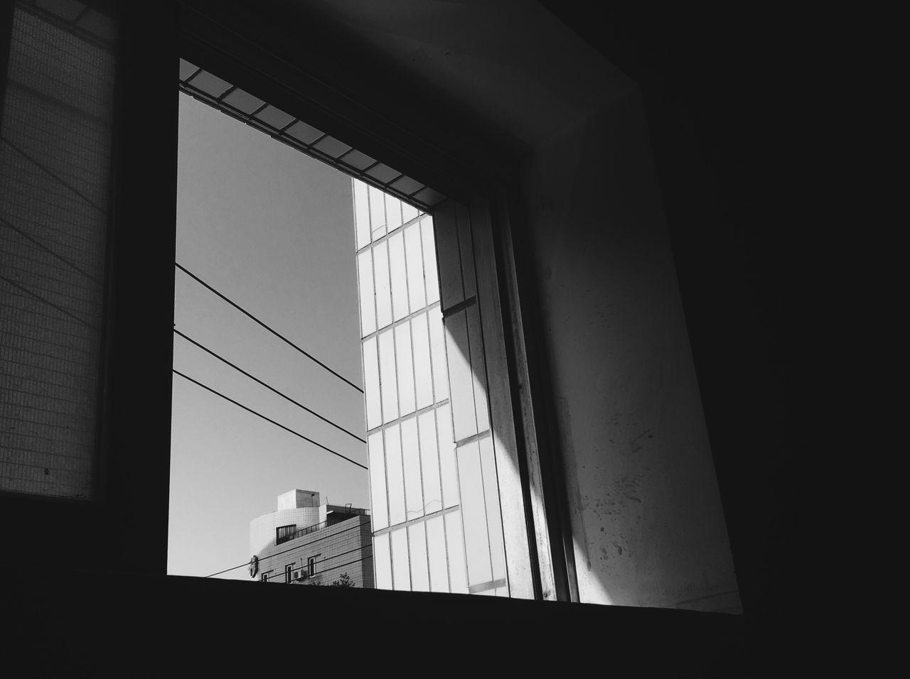 Sunlight Street Blackandwhite Shadow Light IPhone Window