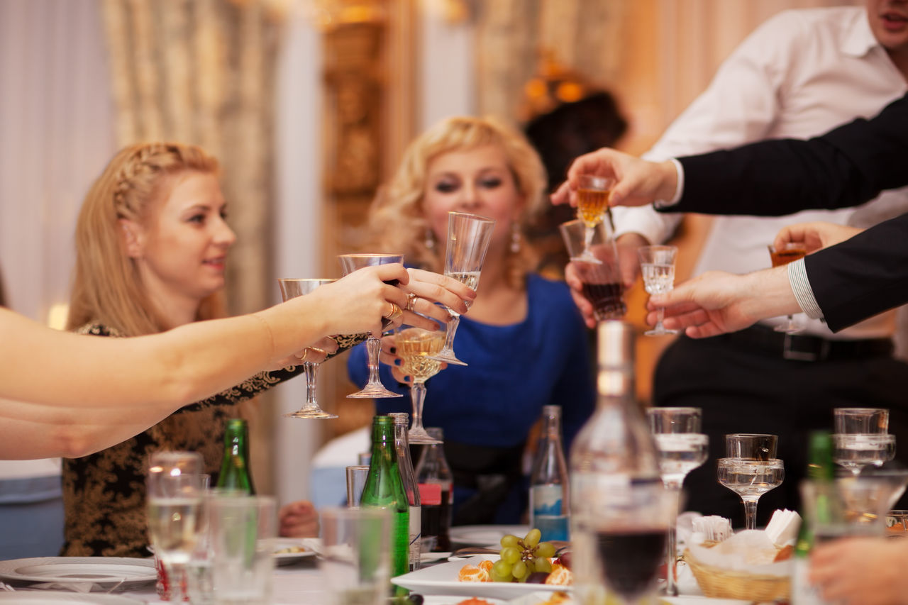 Beautiful stock photos of hochzeitstag, celebration, dinner, drinking, togetherness
